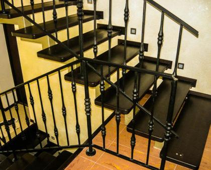 Сварные лестницы из металла